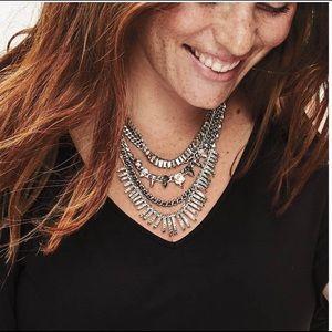 Stella & Dot Amelia Statement necklace